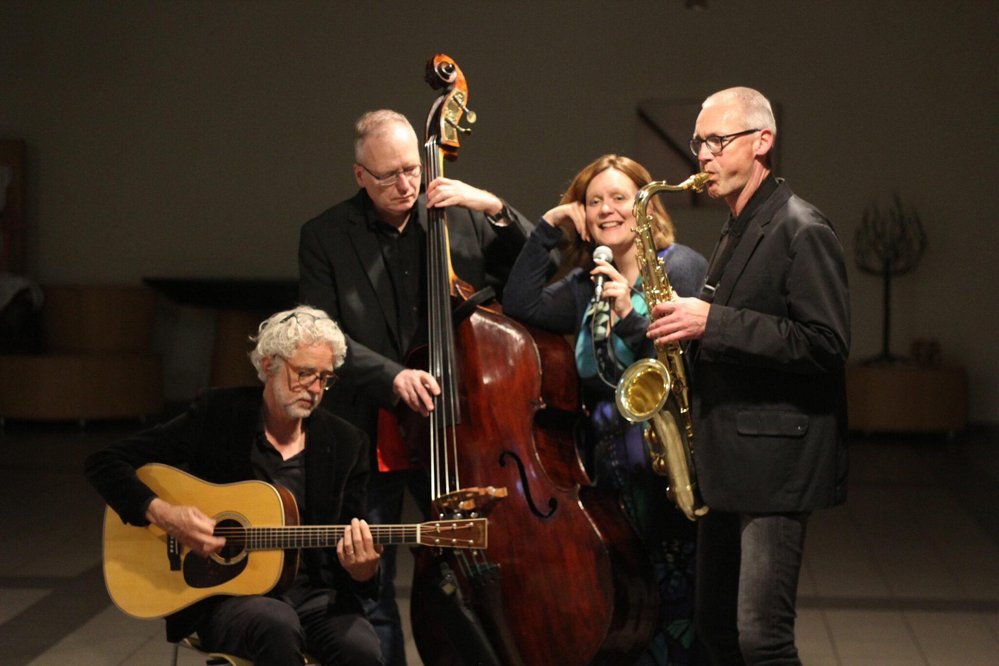 Jazz, Den haag, Kwartet, Bandje, Receptie, Huren, Reserveren, Muziek, bruiloft, optreden